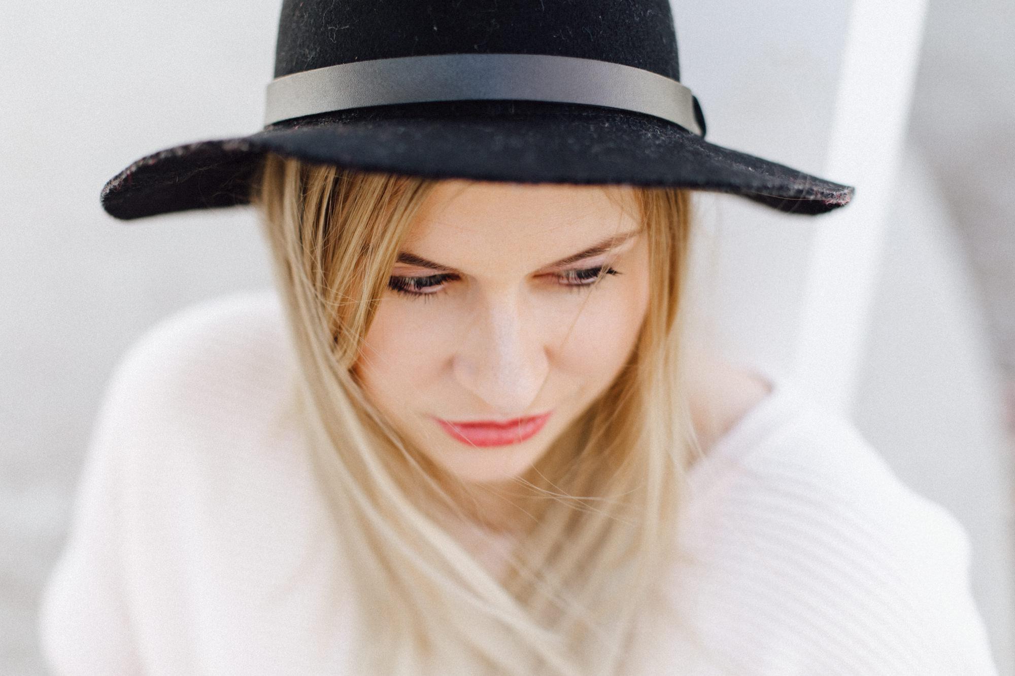Daniela Knipper - Lifestyle Shooting für ein neues Branding - fotografiert von Yvonne & Rolland Photography